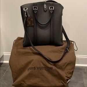 Louis Vuitton Lock-it bag